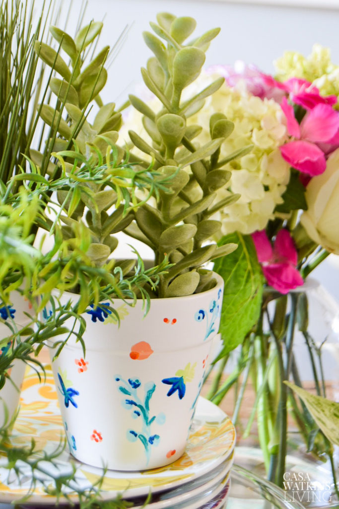 Decorating The Dining Room For Summer With Planters - Casa ...