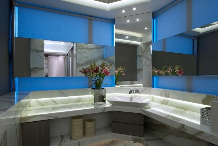 baño decoración led flores marmol jarron