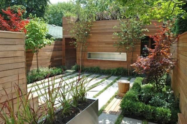 jardin pequeño revestimiento madera