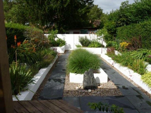 jardin estilo zen roca centro