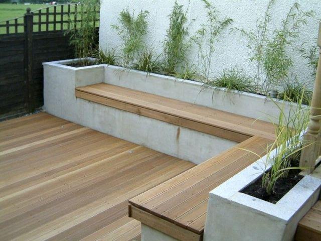 plataforma madera patio trasero banco