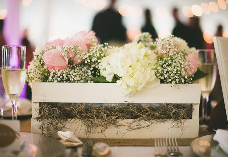 decoracion boda vintage centro mesa caja madera