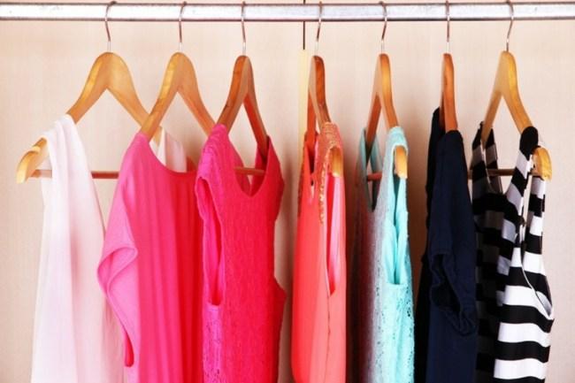 Resultado de imagen de ropa ordenada por colores