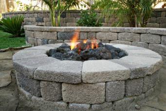 Pozos de fuego y chimeneas DIY - 24 diseños alucinantes -