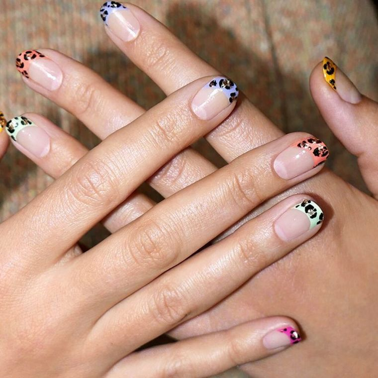 """manicure-trends-2020-leopard """"width ="""" 760 """"height ="""" 760 """"srcset ="""" https://casaydiseno.com/wp-content/uploads/2020/05/tendencia-manicura-2020-leopardo.jpg 760w, https://casaydiseno.com/wp-content/uploads/2020/05/tendencia-manicura-2020-leopardo-150x150.jpg 150w """"sizes ="""" (max-width: 760px) 100vw, 760px """"/><img data-count="""