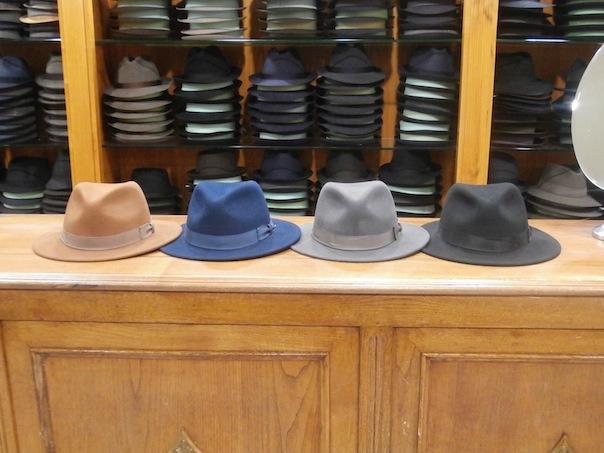 ¿Quieres comprarte o regalar un sombrero o gorra y no sabes cómo hacerlo  9d19c062dd0