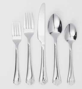 Tips to Keep Your Silver Jewelry, Plates, and Cutlery Looking Shiny