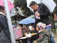 Braving the rain at the Kawagoe Farmers Market