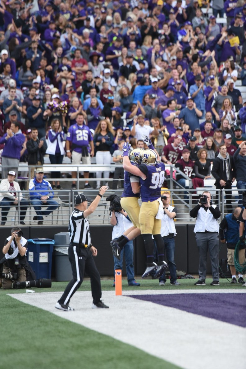 Will Dissly celebrates td