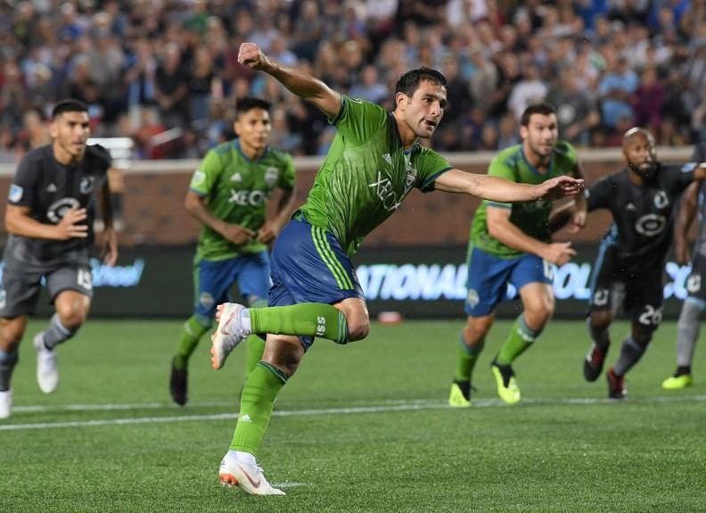 Lodeiro releases penalty shot