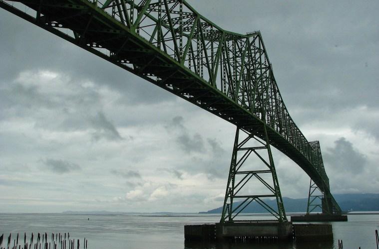 Bridge across the Columbia River at Astoria Oregon