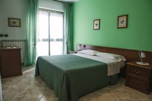 Bed and Breakfast Neive Cascina Longoria stanza doppia
