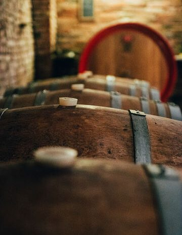 Botti imbottigliamento vino Le Doti
