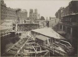 Metro construction near Notre Dame