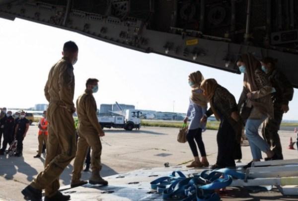 Afghan refugees arrive in France