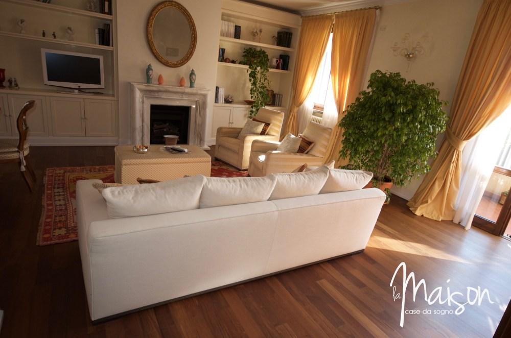 appartamento con mansarda la castellina prato agenzia immobiliare case vendita la maison case da sogno prato01