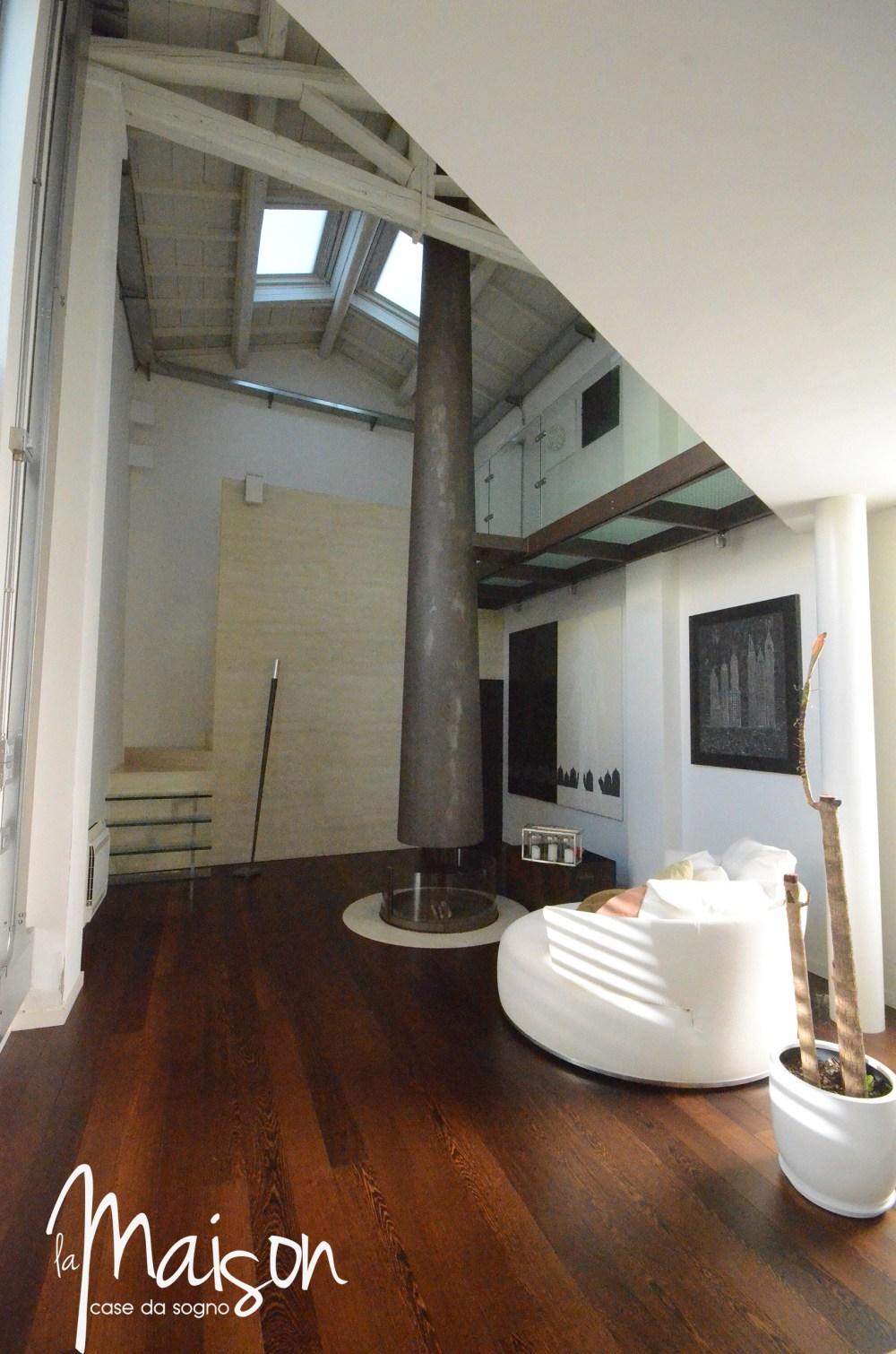 loft in vendita a prato case vendita prato studio immobiliare santa lucia agenzia immobiliare la maison case da sogno prato loft con giardino11.JPG