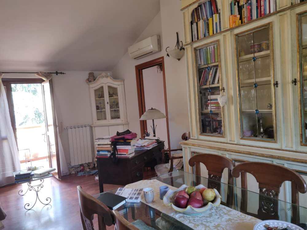 vendesi appartamdento prato san martino coiano bilocale 2 vani con garage agenzia immobiliare la maison case da sogno studio immobiliare santa lucia prato16
