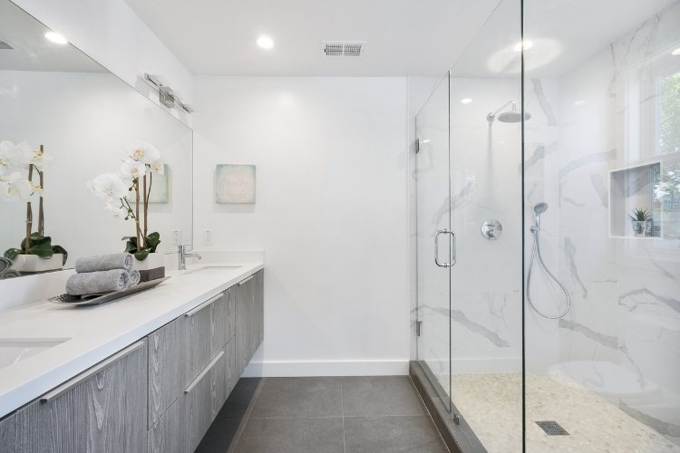 How to Clean Shower Glass Door Guide