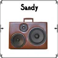 Sandy-border