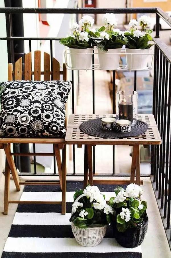 Amenajarea unui balcon mic pentru relaxare