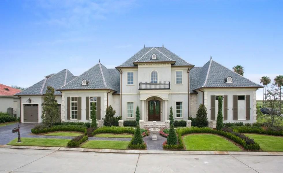 Proiecte de case frantuzesti elegante