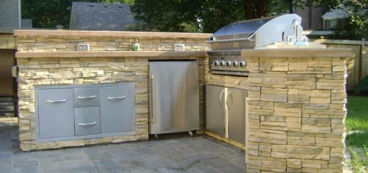 Constructia unei bucatarii de vara pe terasa