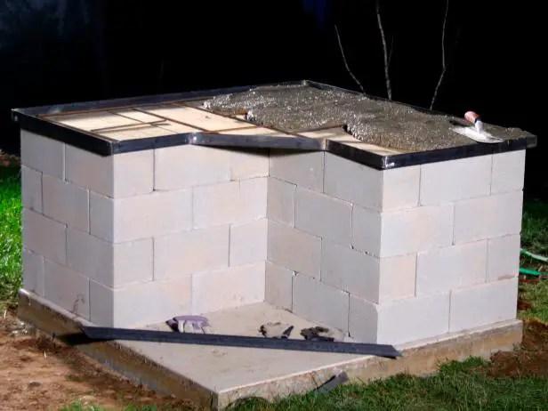 Constructia unui gratar de gradina in pasi simpli