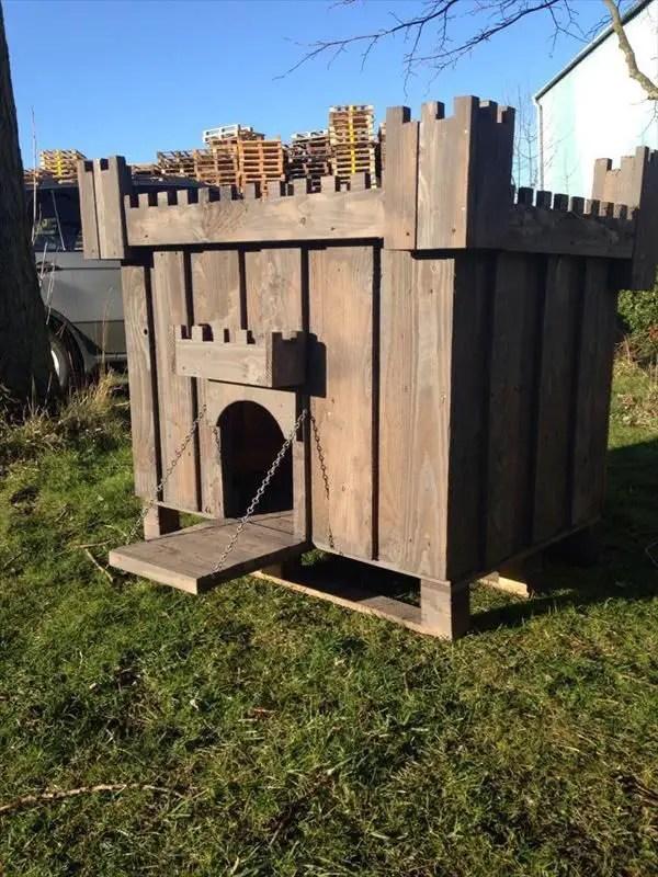 construirea unei custi de caine how to build a dog house with pallets 5