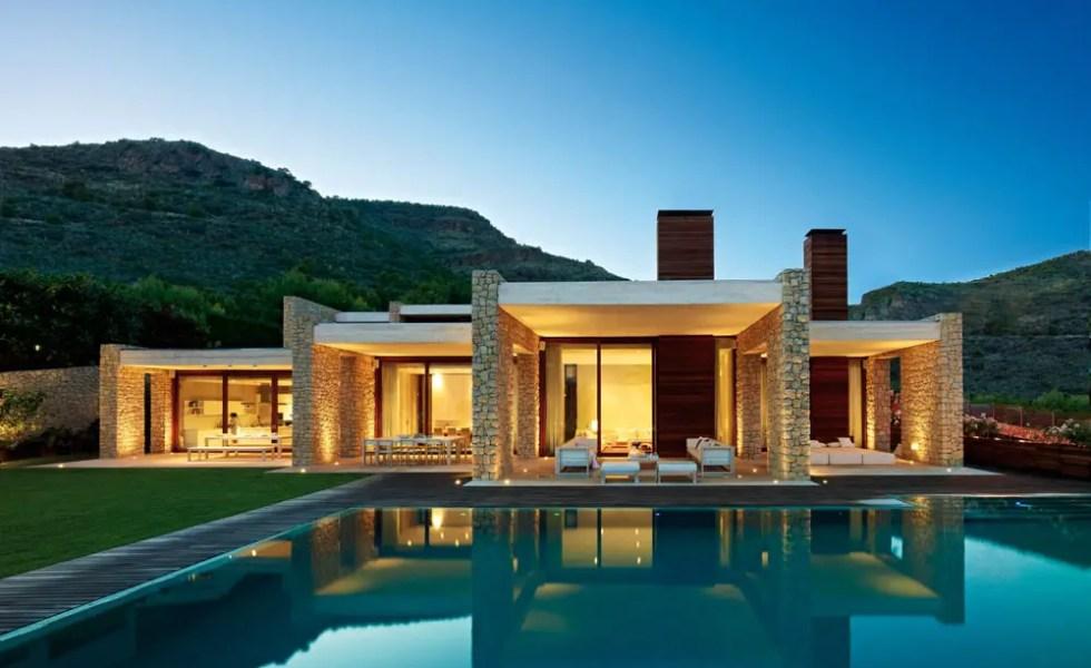 Cele mai frumoase case fara etaj dar spatioase