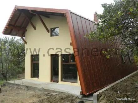 Case pe structura de lemn eficiente