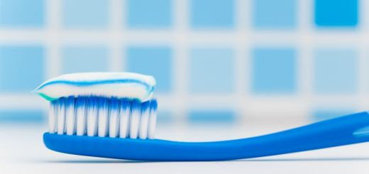 Ce poti face cu pasta de dinti acasa