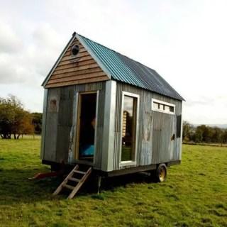 Casa de 1000 de lire sterline reciclata