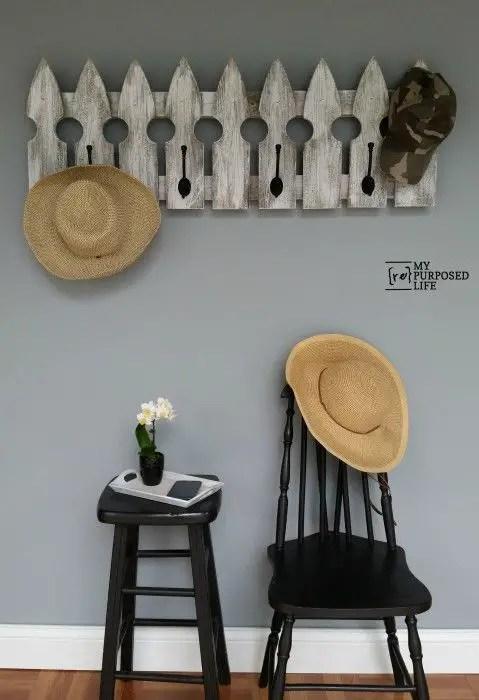 cuiere rustice din lemn Rustic wood coat racks 14