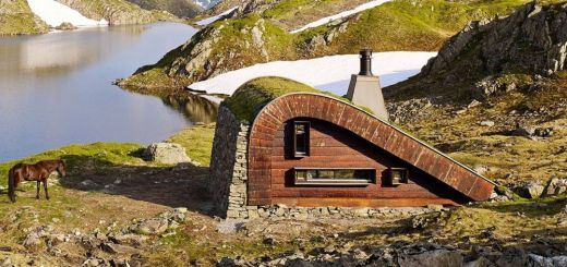 Cabana camuflata din Norvegia
