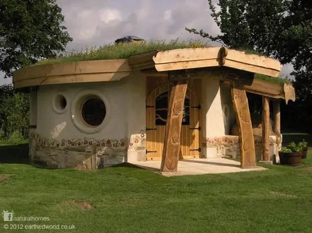 case ecologice construite din lut Natural cob houses 13