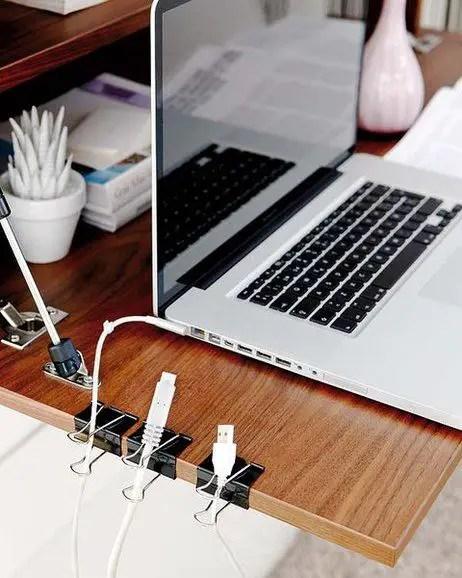 ce poti face cu o agrafa de birou Clever uses for binder clips 6