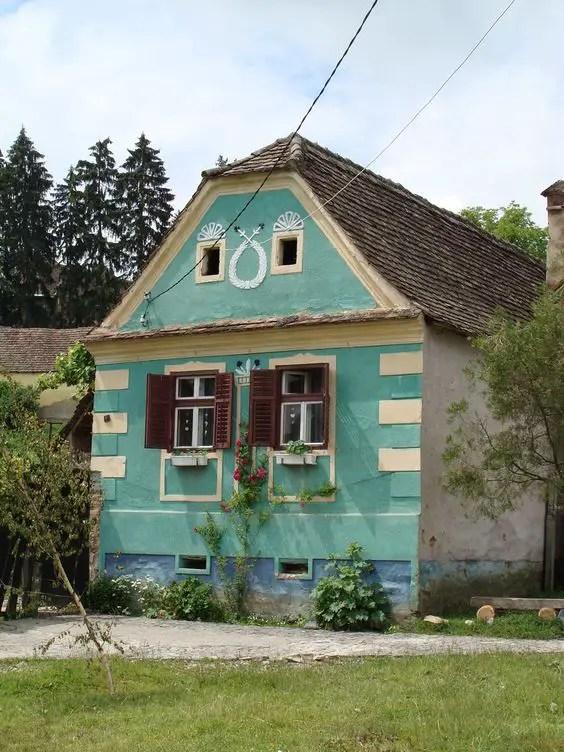 Case in stil sasesc opt secole de maiestrie case practice - Saxon style houses in transylvania ...
