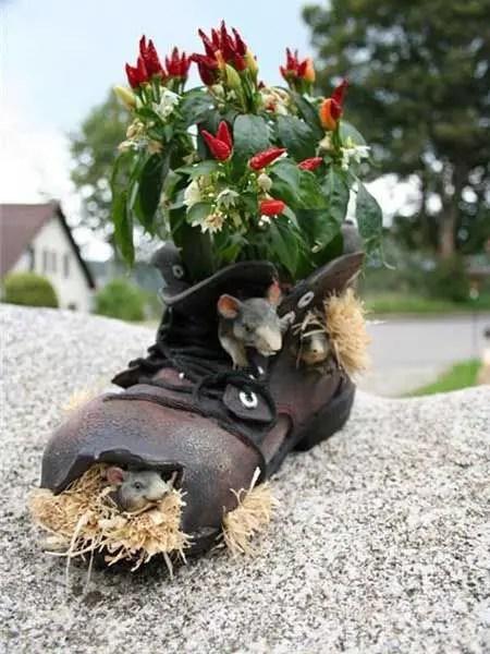 decoratiuni din pantofi shoe planters 4