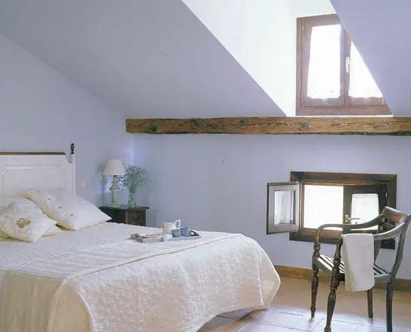amenajarea unei mansarde mici small attic room design ideas 8