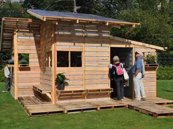 case construite din paleti Wood pallet houses 15