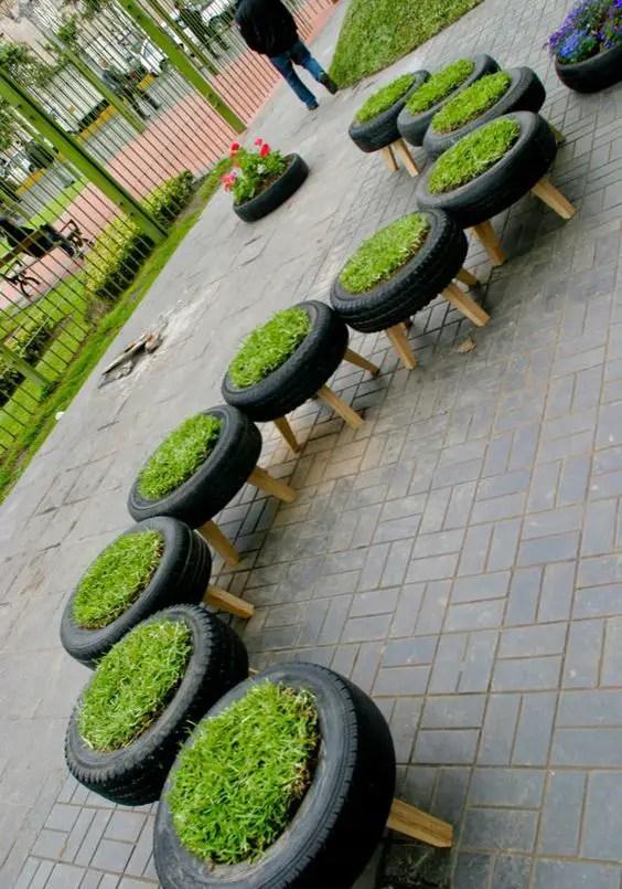 gradini amenajate cu cauciucuri old tire outdoor ornaments 16