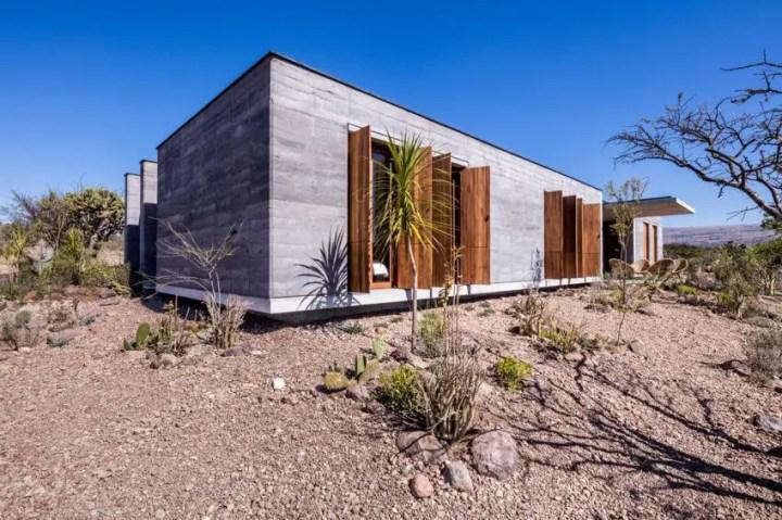 casa din lemn tasat rammed earth hacienda 2