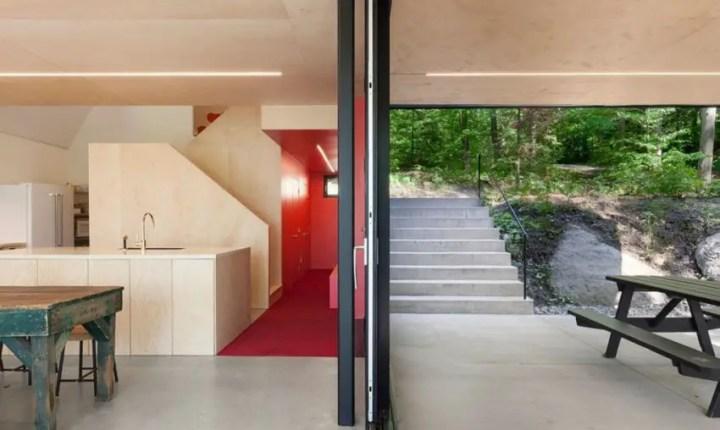 Casa din padure - interioare minimaliste
