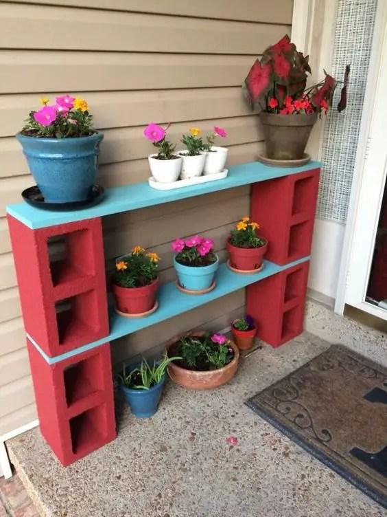 amenajari de gradina cu boltari Cinder block garden uses 13