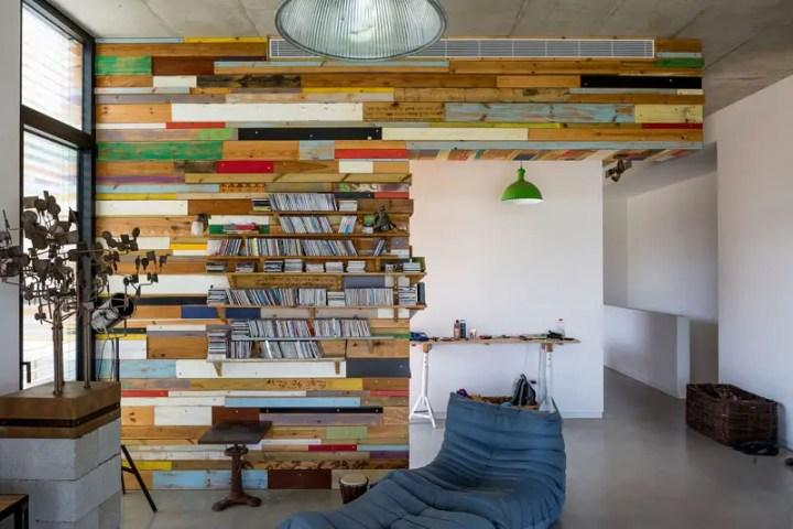 casa cu fatade din lemn refolosit Scrap wood decorated house 6