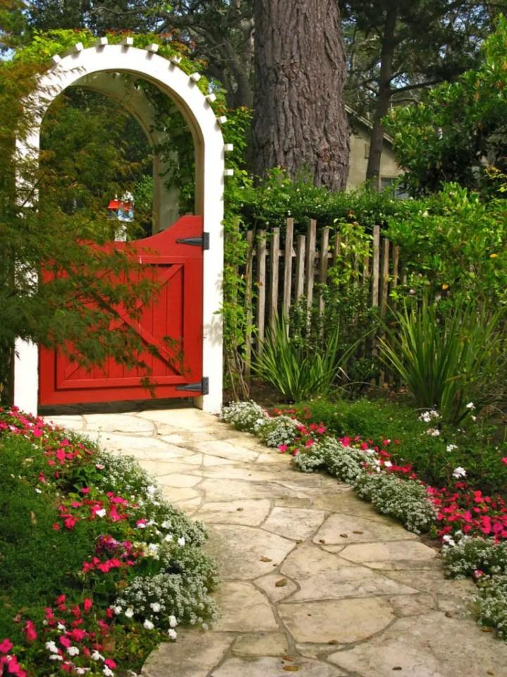 idei pentru spatiul de la poarta gate landscaping ideas 11