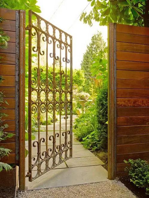 idei pentru spatiul de la poarta gate landscaping ideas 5