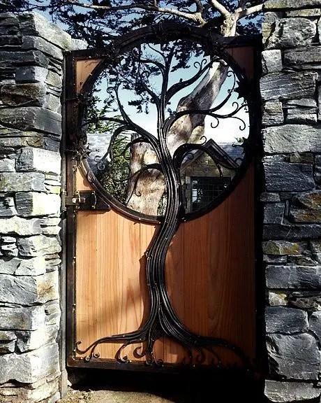 idei pentru spatiul de la poarta gate landscaping ideas 6