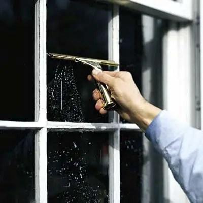 trucuri pentru curatarea geamurilor limpezire